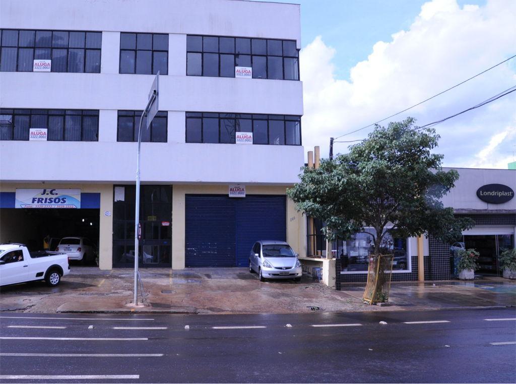 Av: Tiradentes