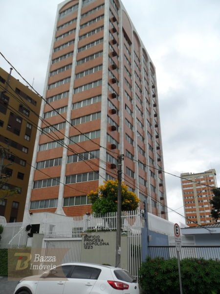 Excelente Apartamento No Champagnat - Ref. 702